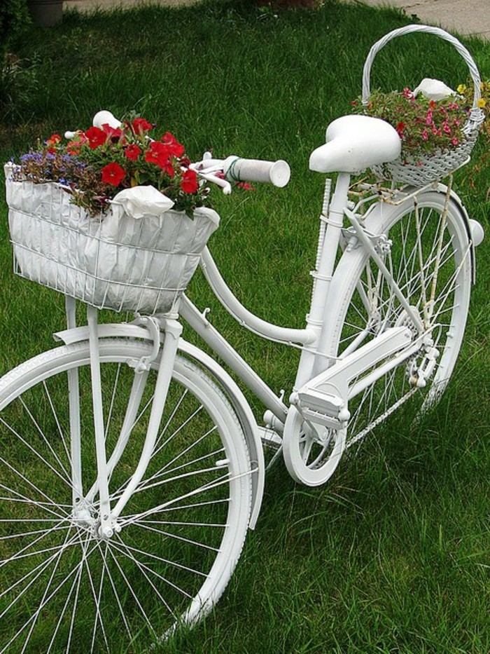 deco garden old bicycle white vintage flowers