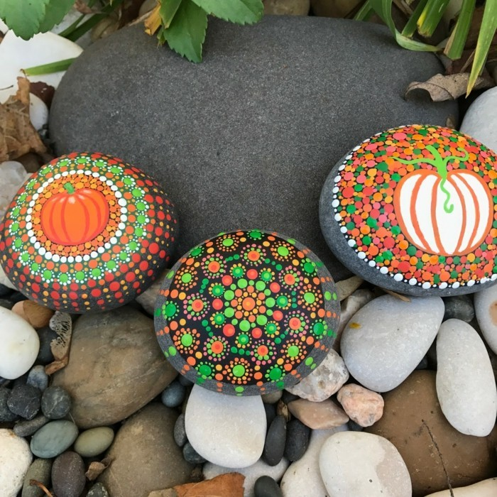 Manala pattern stones painted themed