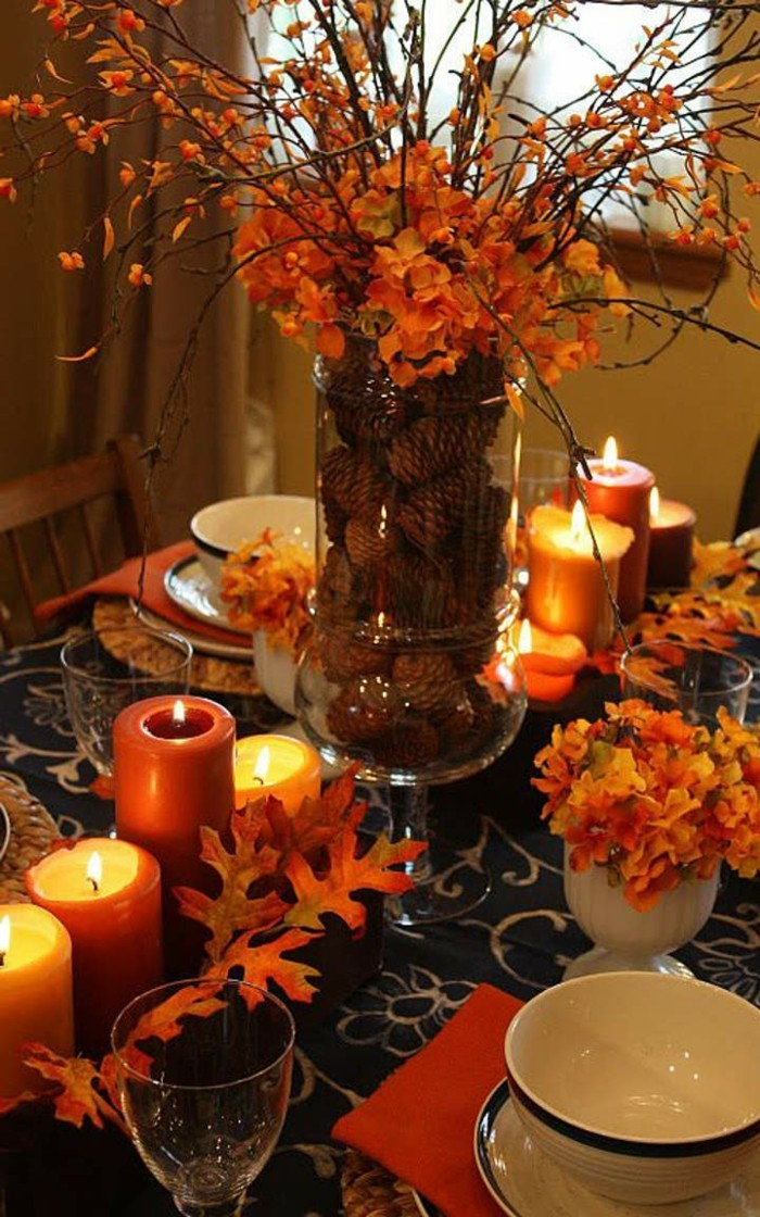 table decoration to create warmth and comfort in autumn