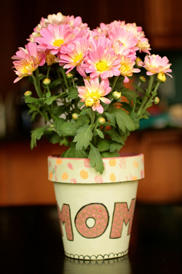 flowerpots paint special occasions