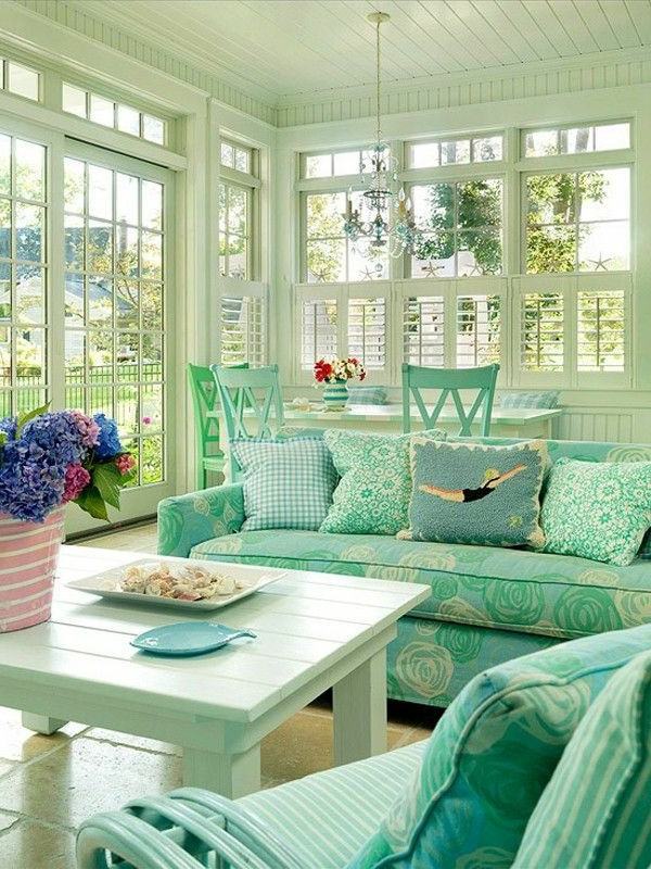 mint green wall paint suggestions for the living room