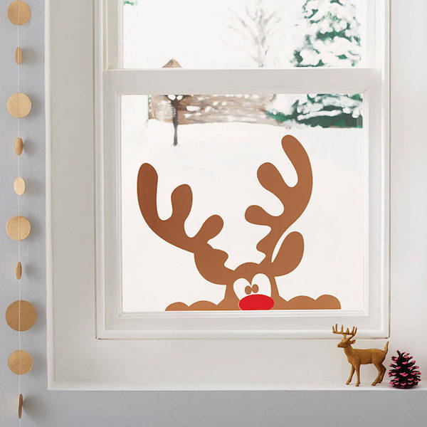 window decoration christmas ideas with deer horns