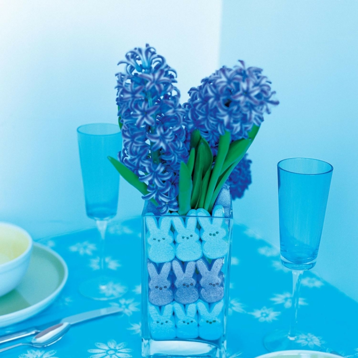 table decorations blue hyacinth