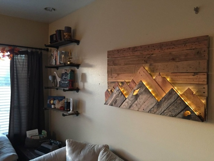 Wall decoration made of wood quadrangle