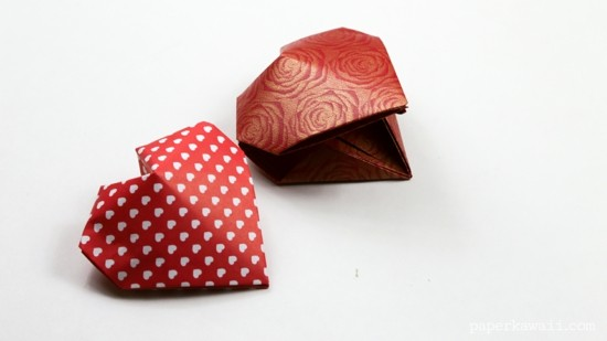 bookmarks crafting red hearts 3d