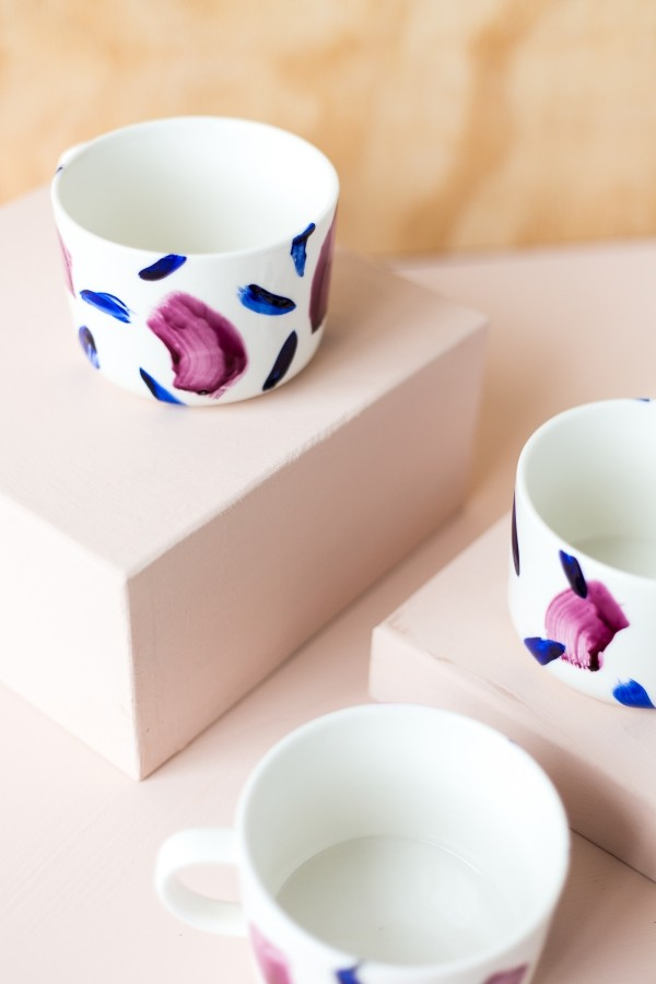 paint cups from a beautiful perspective