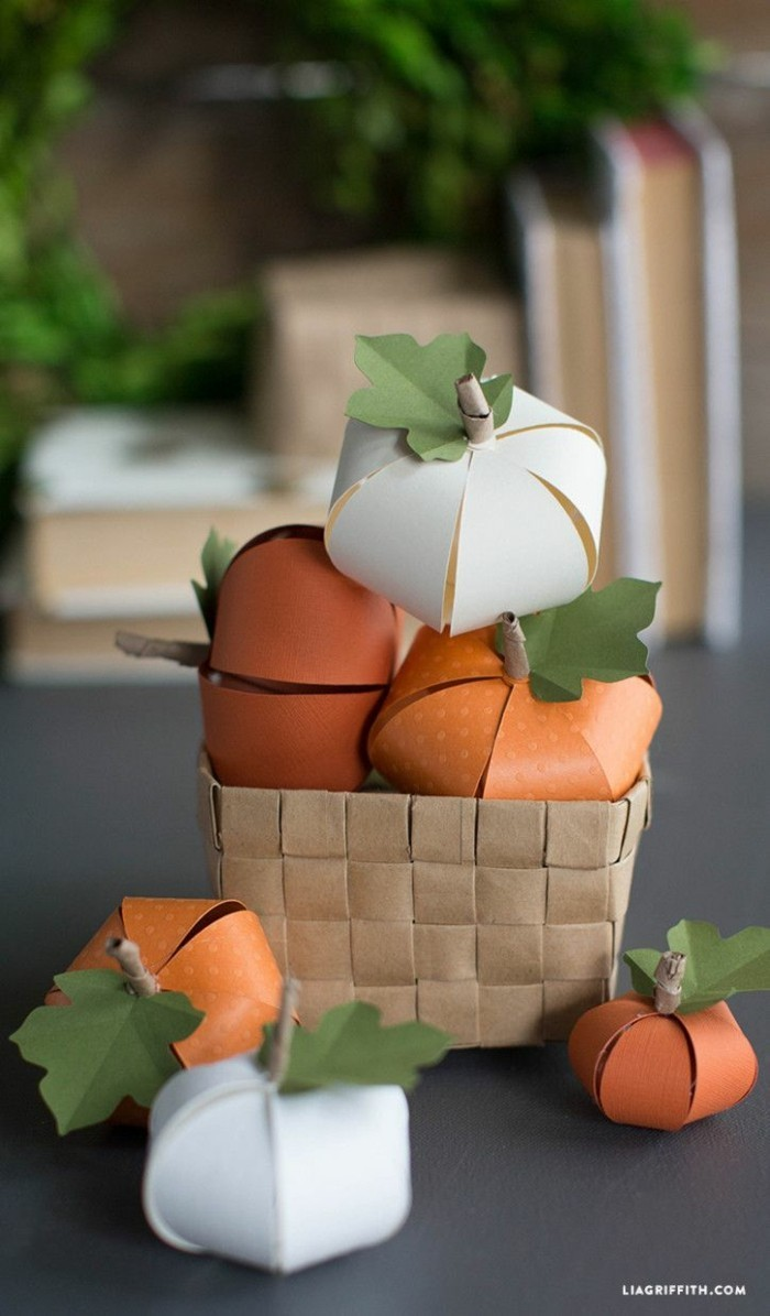 making autumn with children make autumn decoration yourself with paper towels rolling pumpkin decoration