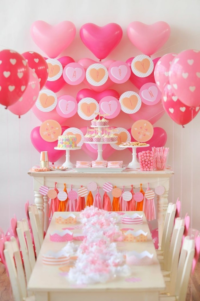 valentines day ideas wall decor balloons heart