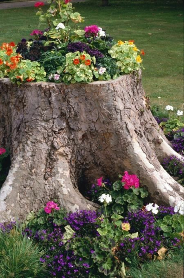 garden tree trunk deco diy projects garden planting