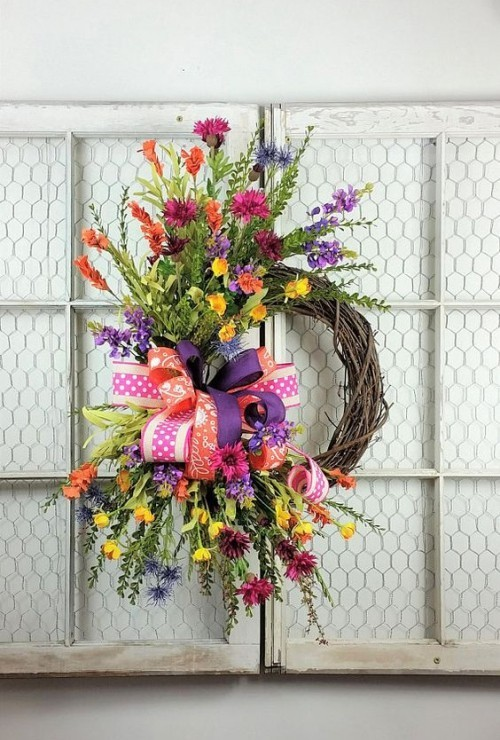 Make door wreaths yourself