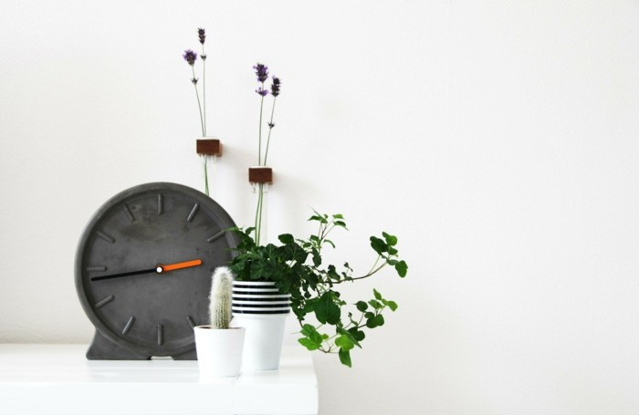 Clock made of concrete