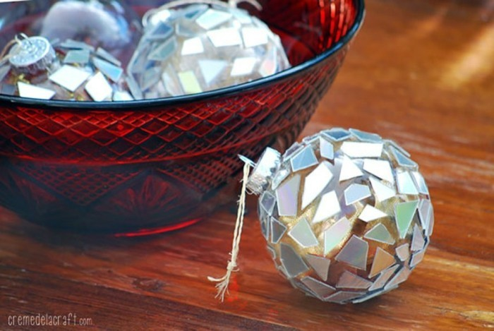recycling bastelin with cds upcycling ideas wall deco ideas making christmas ornaments yourself