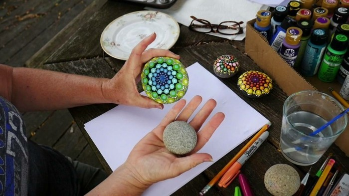 Manala pattern stones paint tinkering with natural materials before after