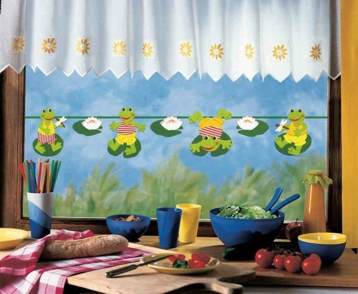 Making window pictures with children's children's room decoration window