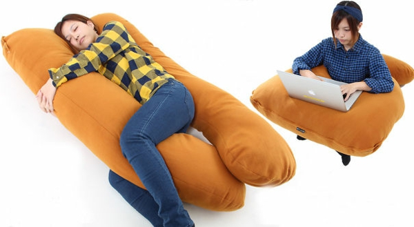 Creative-Pillow-and-pillow-sausage