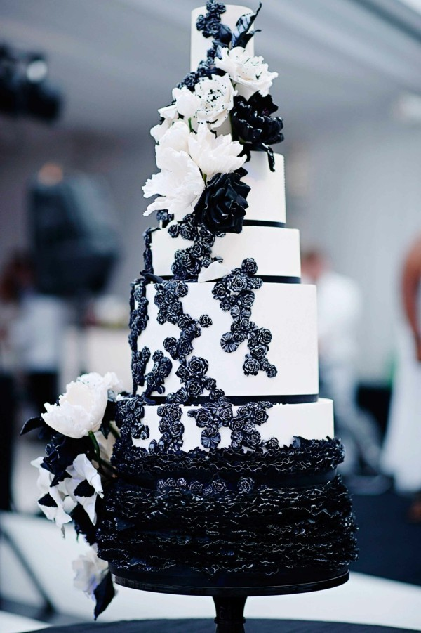 Black For Wedding Cakes Yes And You Will Be Fascinated