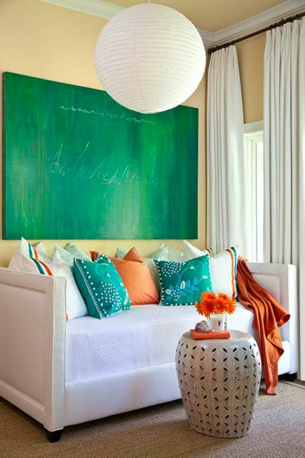 emerald green paintings in tredn color