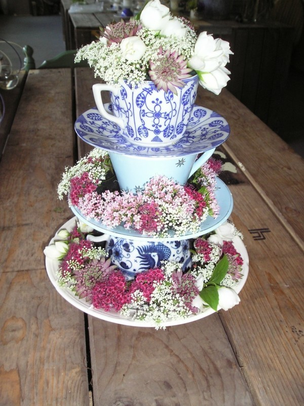 Cupcake cake stand ornamented with plants
