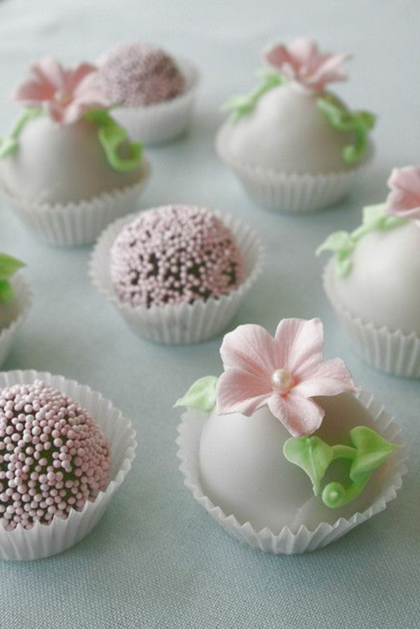 beautiful mini cake decorating flowers