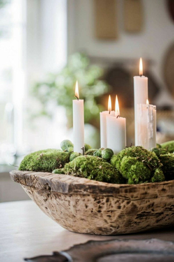 Advent wreath wooden bowl with moss