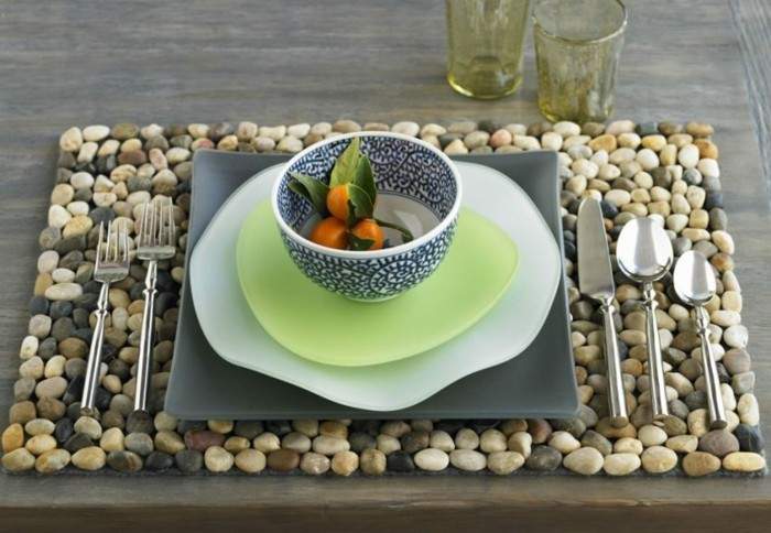Decorating your own table make stones