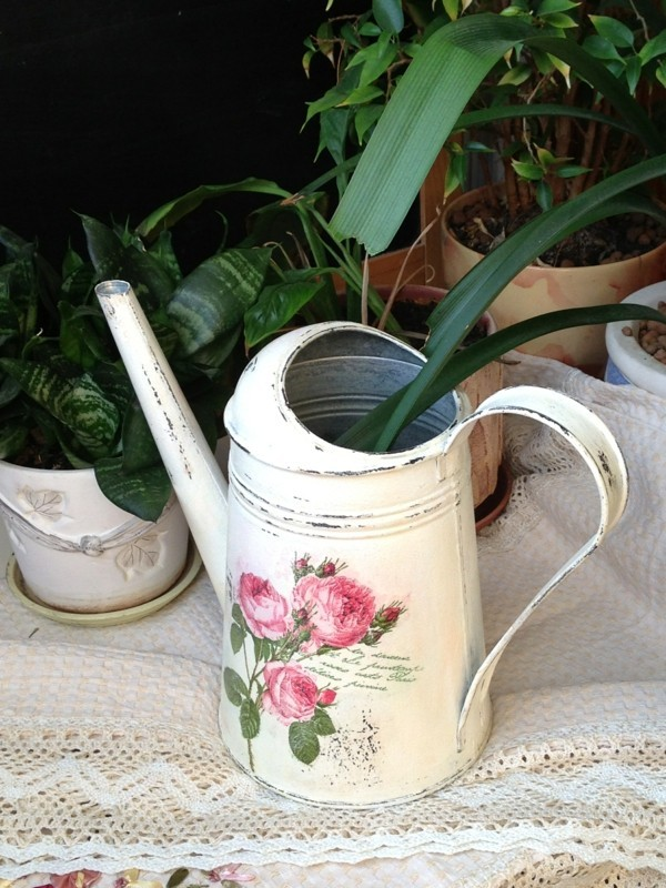 make old watering can shabby chic deko yourself