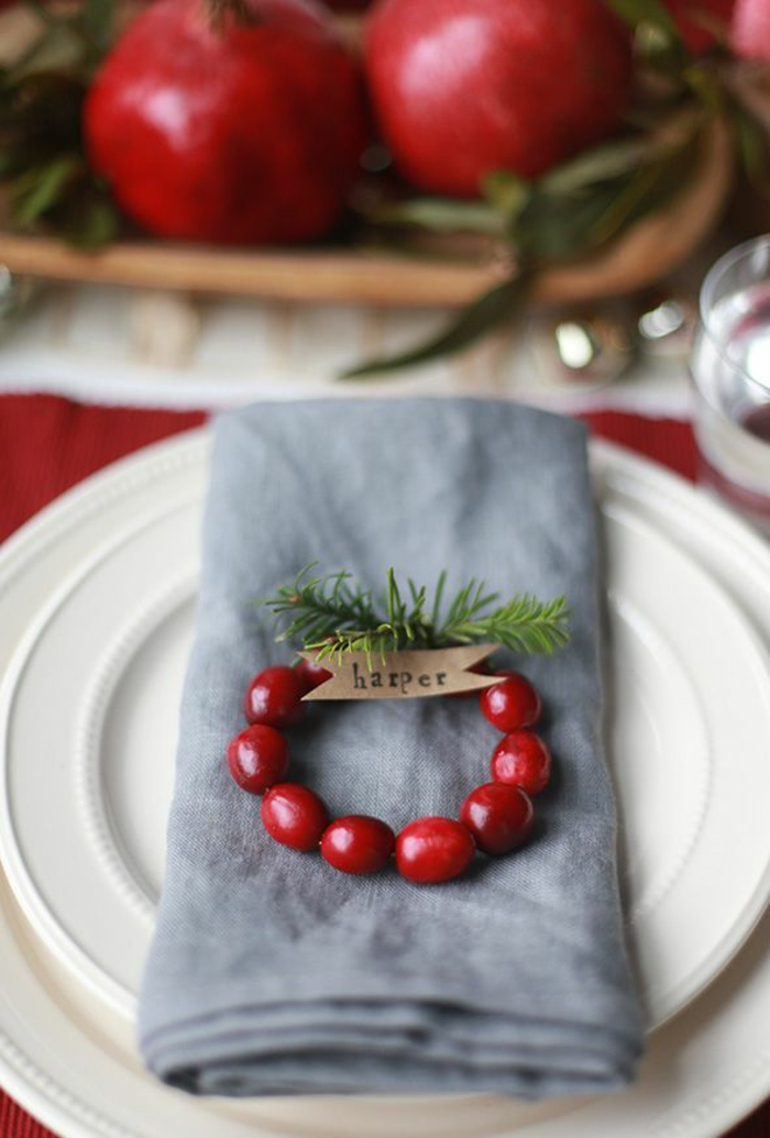 christmas table decoration make thematic table cards yourself