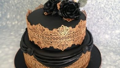 Photo of Black for wedding cakes?  Yes, and you will be fascinated!