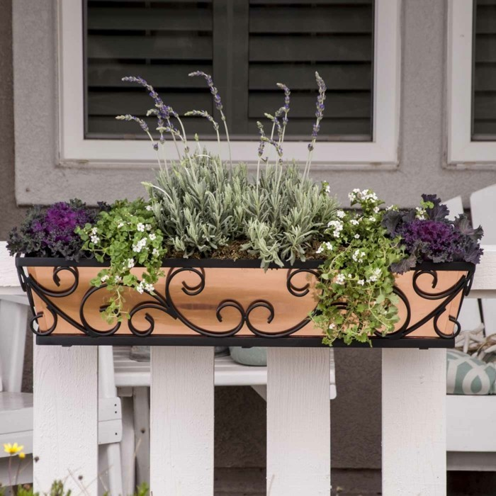 balcony planting pots tulips lavender
