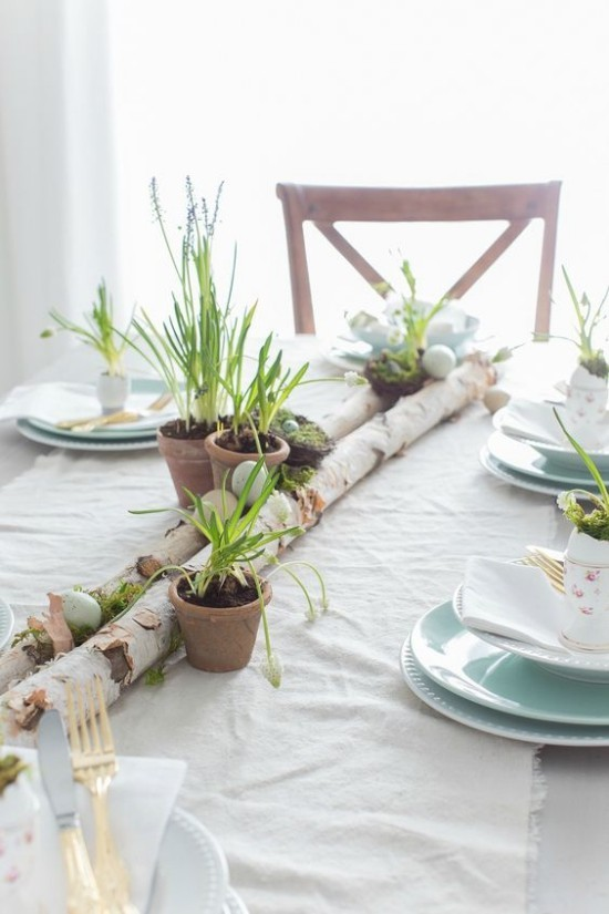 Table decoration Easter rustic flair