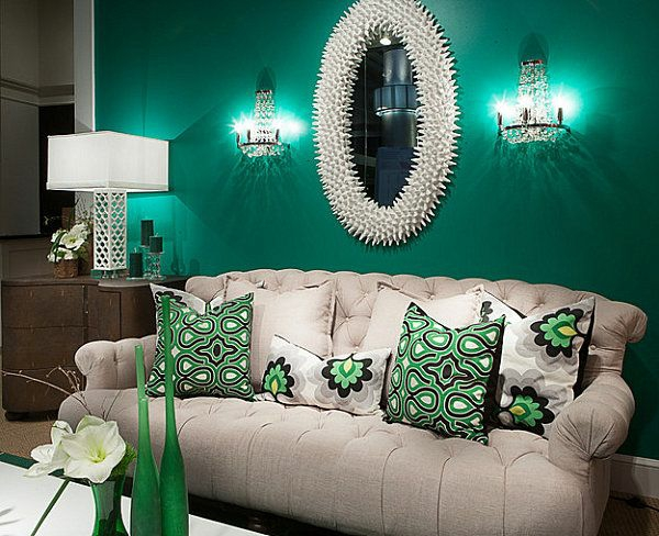 living room wall in emerald green color