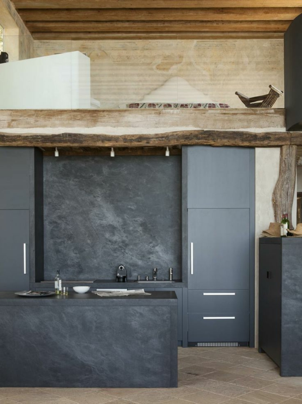 kitchen design dark-colored wooden elements