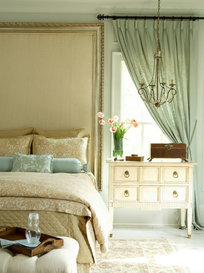 privacy in the bedroom considering trendy curtains