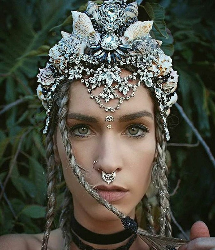 headdress rhinestones seashells snail shells