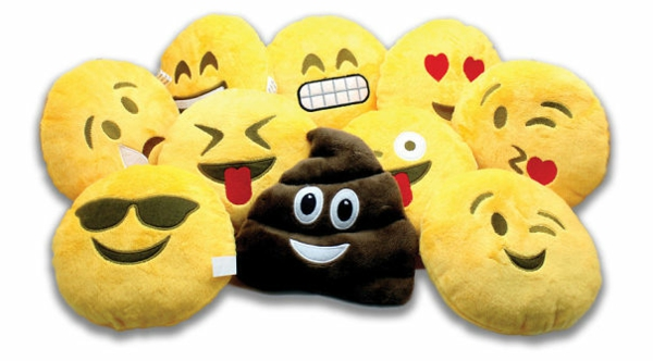 Creative-Pillow-and-pillow-smiley-faces