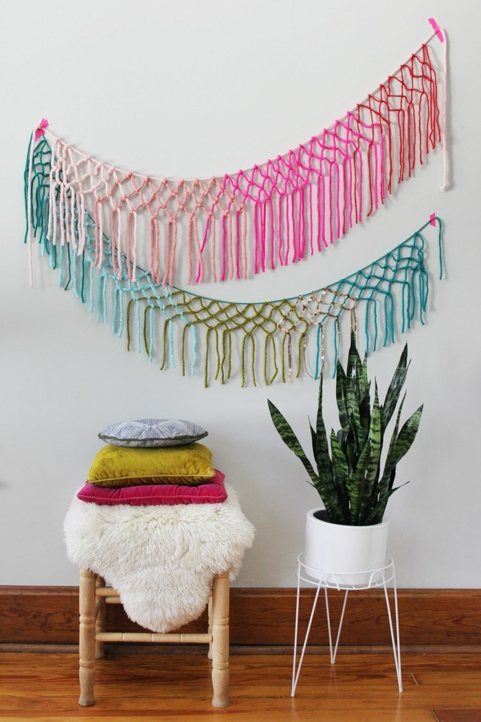 Make macrame wall decoration yourself