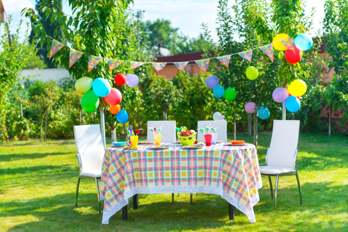 summer party decoration summery fresh colored table decoration