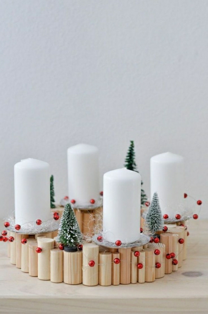 Near Natural Christmas Decorations With A Wooden Advent Wreath