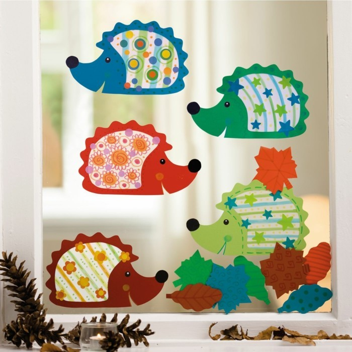 Making window pictures with children's hedgehogs