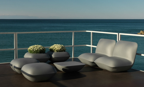 modern patio furniture outdoor furniture plant pots sea