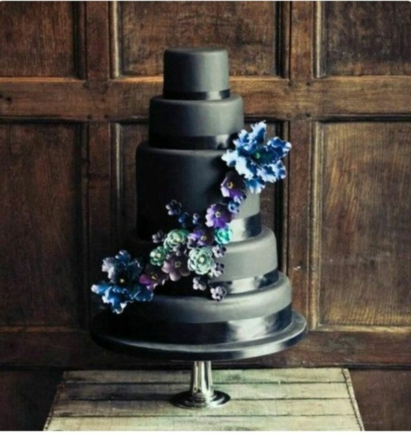blue gray design wedding cakes