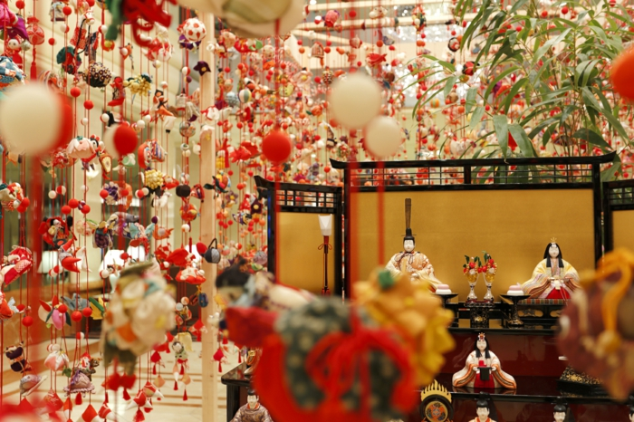Japanese decorative deco items in Japanese style garlands