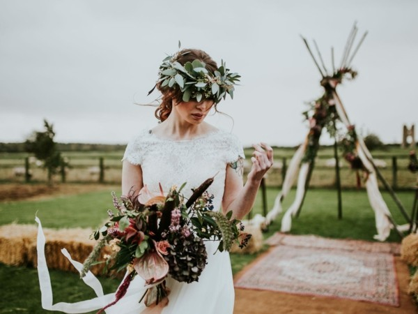 wild bohemia wedding wedding trends 2018