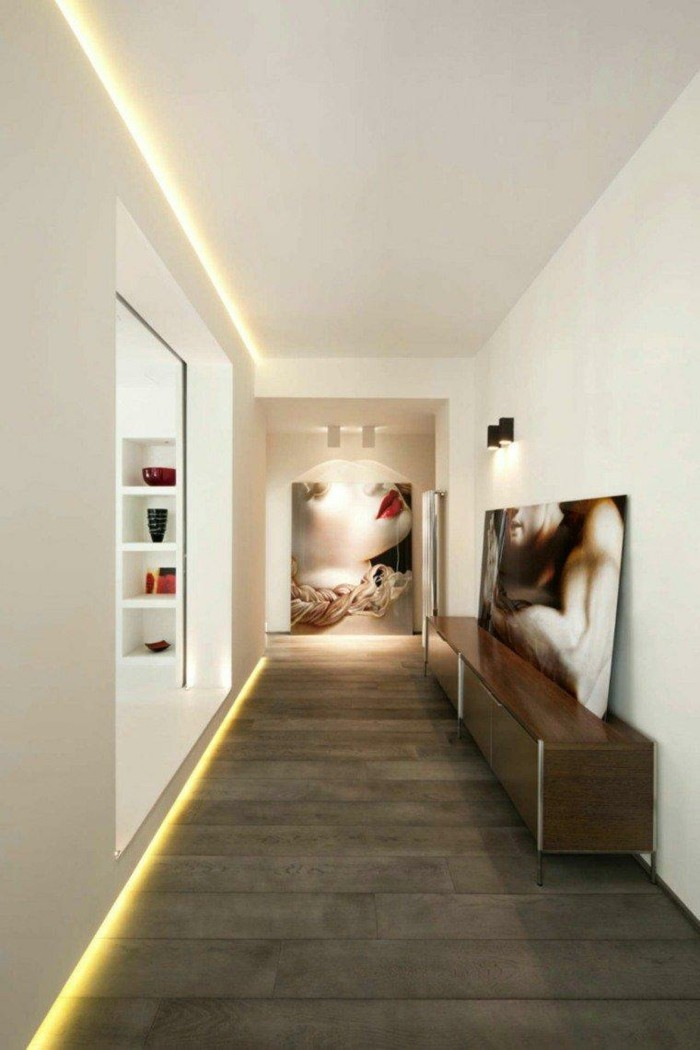 LED lighting in the hallway