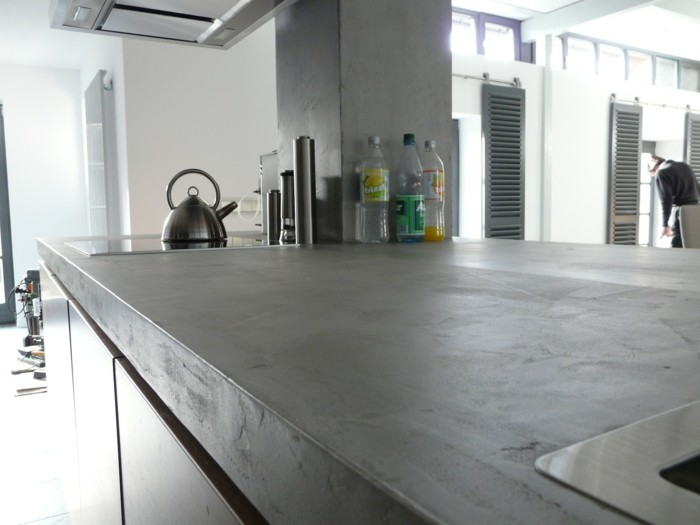 Individualization of concrete worktops
