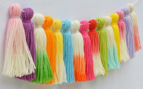 different colors tassels chain