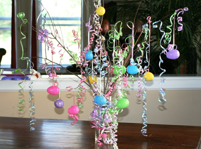 Easter decoration Easter eggs branches decorate colored deco ideas