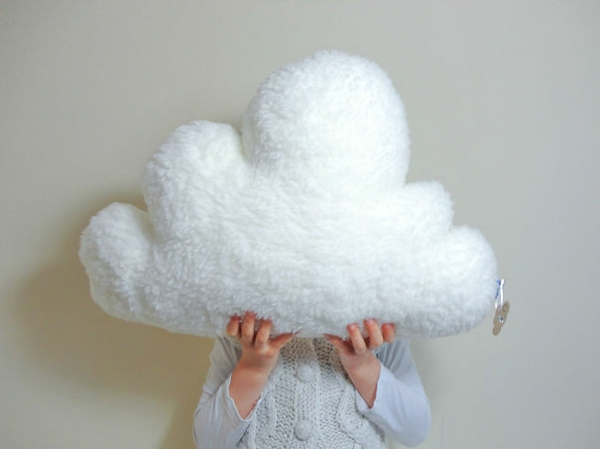 Creative-Pillow-and-pillow-cloud