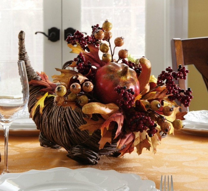 table decoration autumn unusual deco ideas with fruits and autumn leaves
