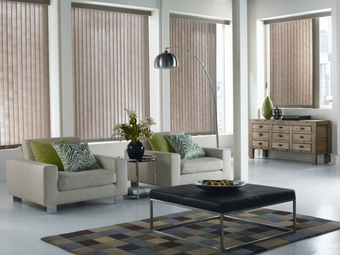 View protection in the living room through slats